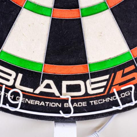 Winmau - Blade 5 Dualcore Steeldartboard