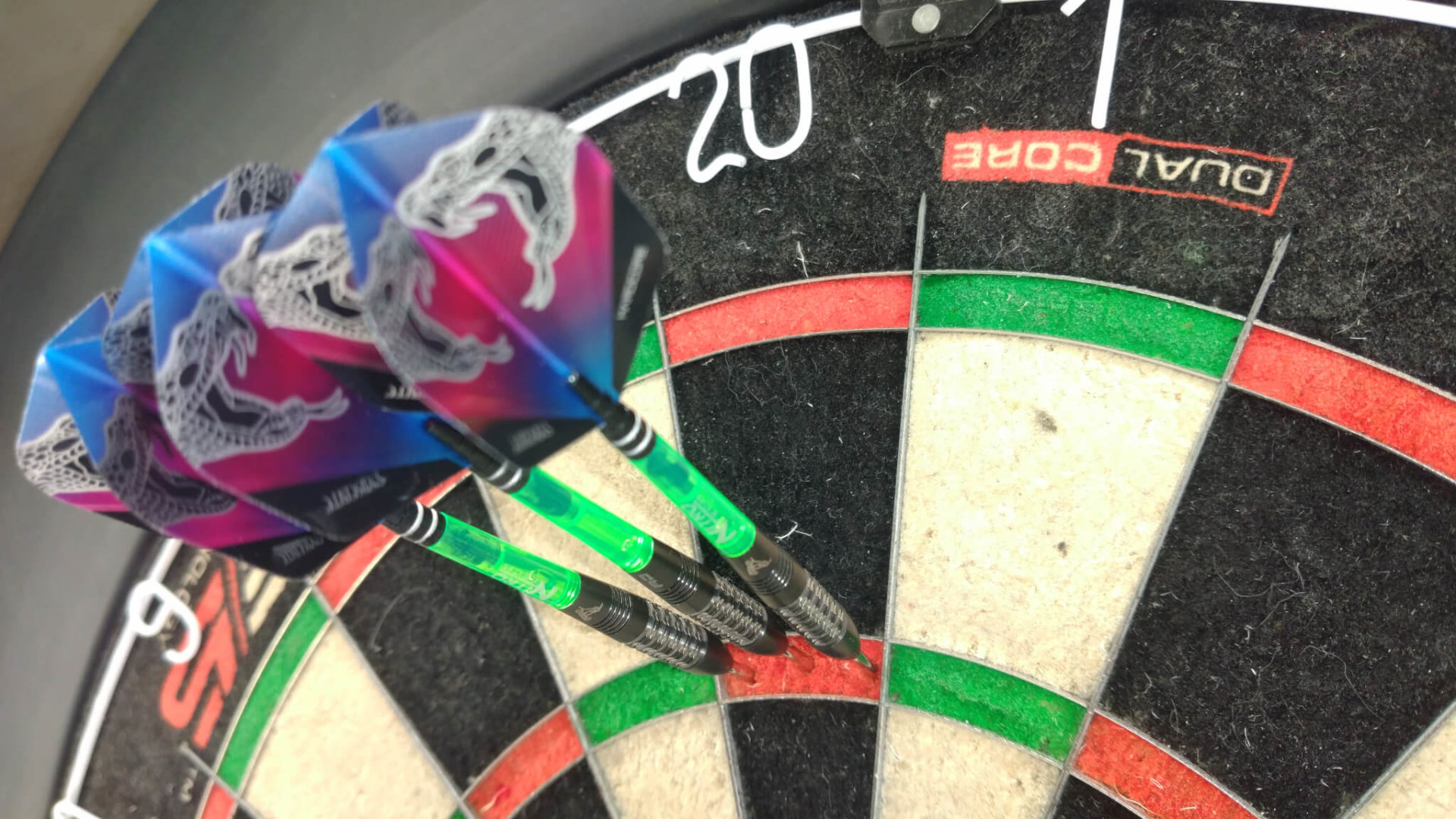 Red Dragon - Peter Wright - Snakebite Black Strike - Steeldarts